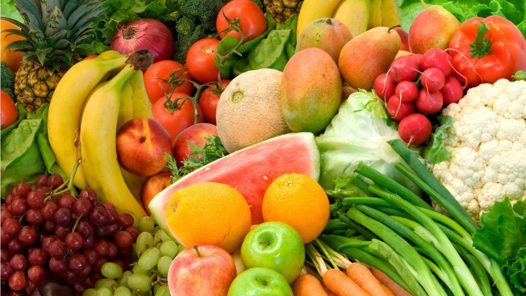 EU baca na tone voća i povrća